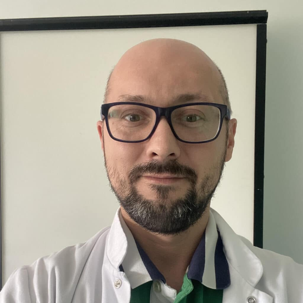 doktor Jarosław Jezierski